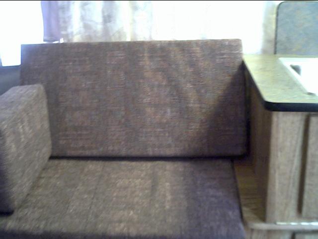 05 Seat (04)