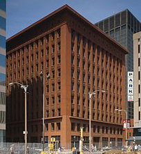 220px-Wainwright_building_st_louis_USA