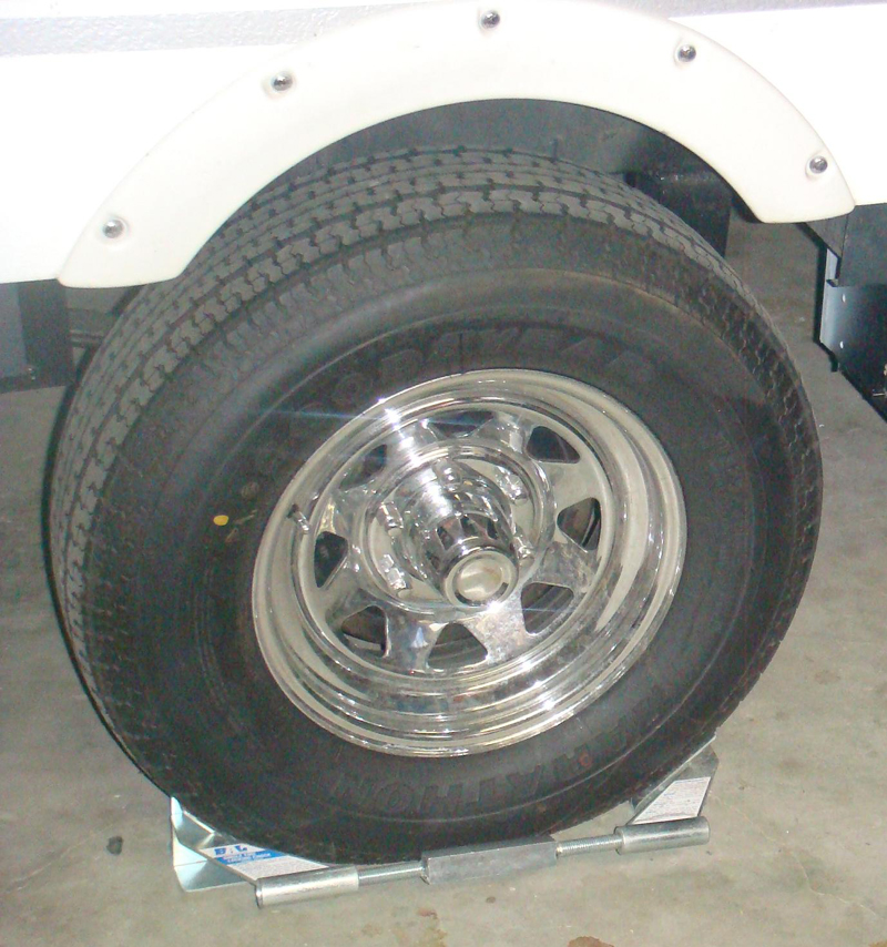 BAL Single Wheel Chock