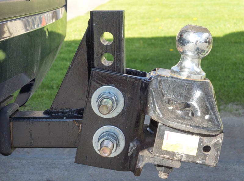 Weight Distribution Hitch -- the ball is set at an angle