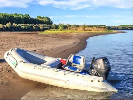 boating on colorado river