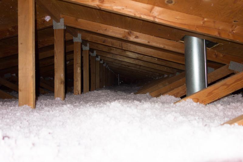 attic insulation 01-08-2016