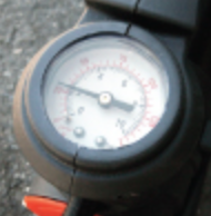 viair-builtin-air-gauge